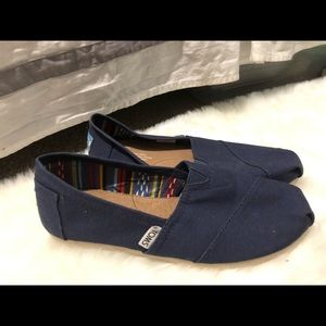 New Navy Blue Toms